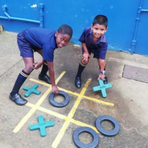 Lavaplastic Recycled Plastic Toys Noughts and Crosses